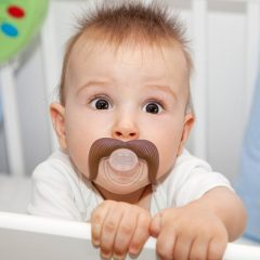 The 5 Best Pacifiers for Breastfed Babies